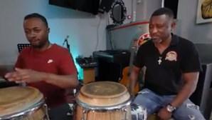 Jair Pina e filho juntos para fazer música do mundo