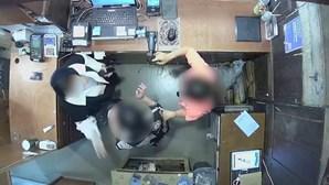 Mulher de embaixador belga na Coreia do Sul bate em funcionária de loja. Veja o vídeo
