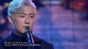 """Cantor sul-coreano faz furor na internet após cantar música """"Amar pelos Dois"""" de Salvador Sobral"""