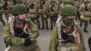 Rússia retira tropas da fronteira com a Ucrânia