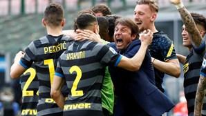 Inter volta aos triunfos e aproxima-se do título, Juventus diz 'adeus'