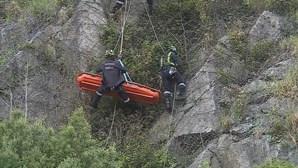 Homem cai na escarpa das Fontainhas, no Porto