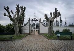 Cemitério de Pinheiro de Ázere