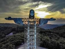 Estátua de Cristo na cidade Encantado, no Rio Grande do Sul