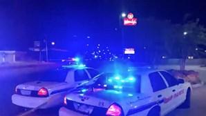 Polícia investiga motivos do ataque a Floyd