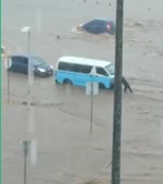 Chuva torrencial alaga Luanda