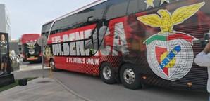 Chegada do autocarro do Benfica a Portimão