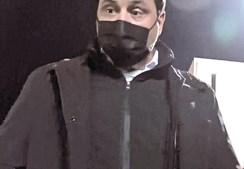 Pedro Pinho filmado pelo repórter de imagem no momento da agressão