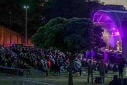 Espetáculo de humor em Braga lotado com 400 pessoas