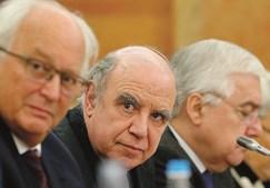 Vieira de Andrade (ao centro) lidera CGI