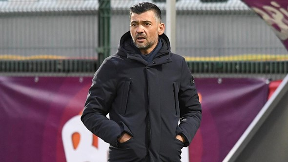 Sérgio Conceição aumenta pressão sobre a SAD do FC Porto para atacar mercado