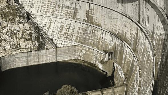 Venda de barragens penaliza Governo, revela sondagem
