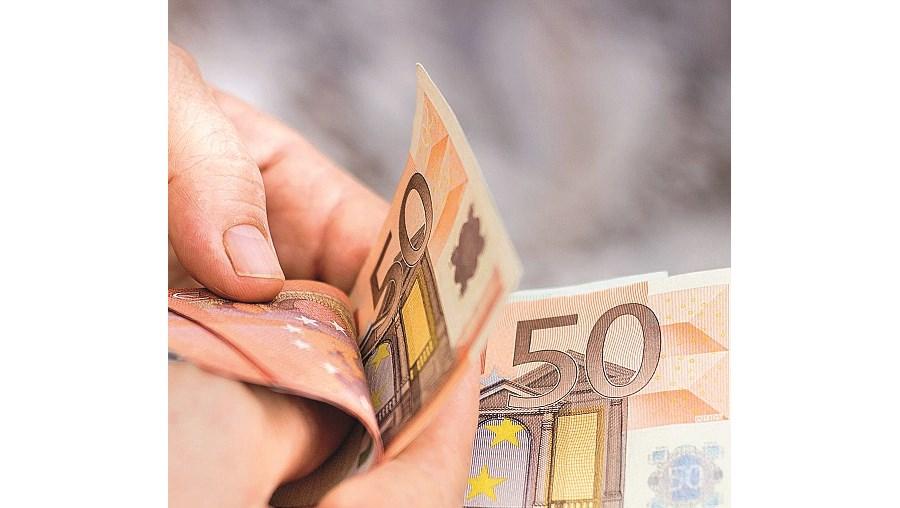 Homem desviou 56 mil euros