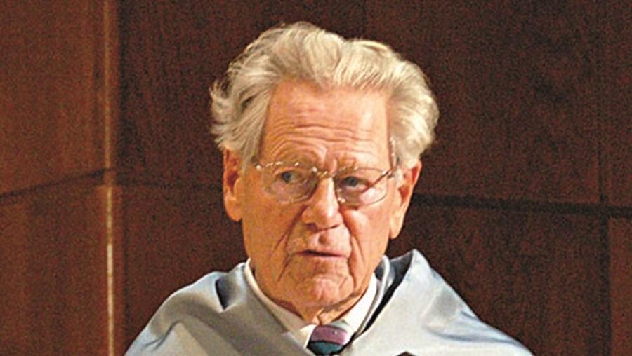 Hans Küng tinha 93 anos