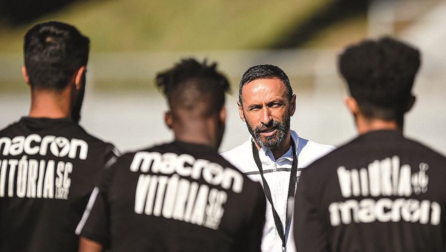 Bino assumiu esta semana o comando técnico da equipa do V. Guimarães