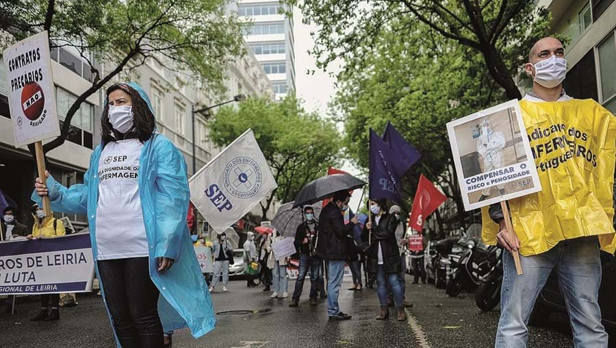 Enfermeiros protestaram junto ao Ministério da Saúde
