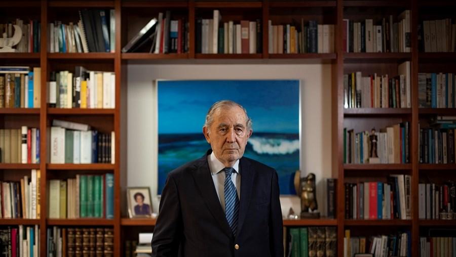 António Ramalho Eanes tem 86 anos. Foi o primeiro Presidente da República eleito em democracia. Foi eleito em 1976 e reeleito em 1980