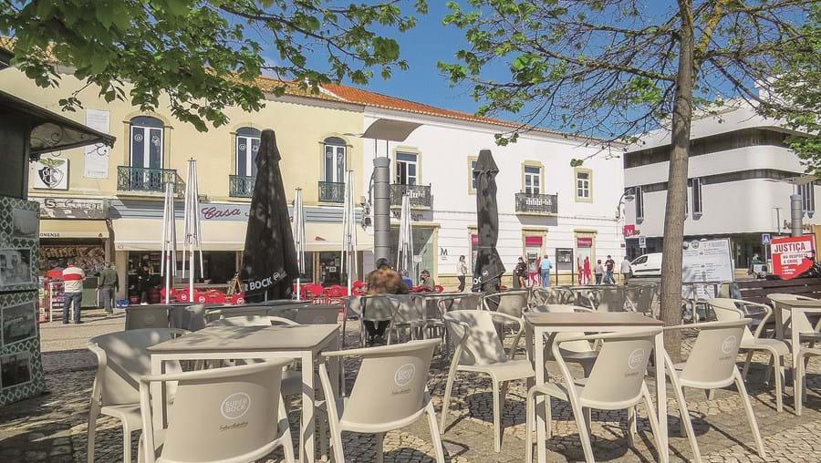 Portimão volta a encerrar esplanadas a partir de segunda-feira. Algarve é a região do continente com maior incidência