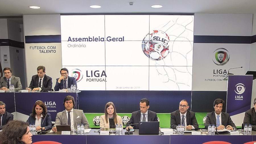 Clubes profissionais tomaram uma posição concertada em abril de 2020