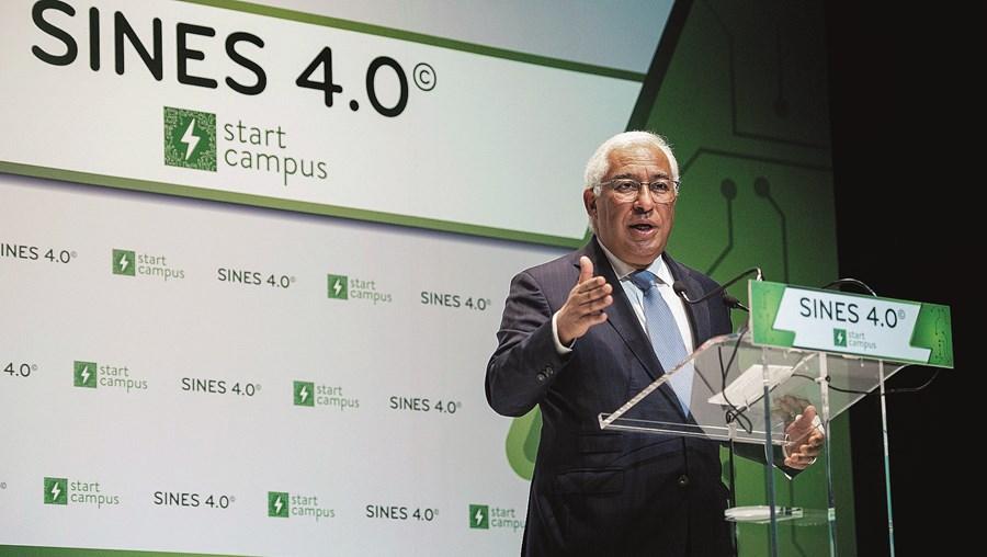 """Costa diz que este investimento é um exemplo de liderança na """"transição digital e transição climática"""""""