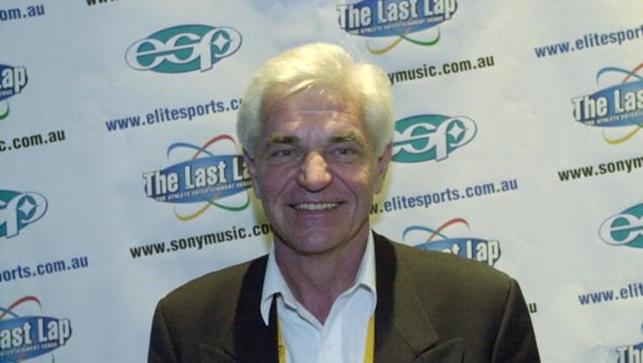 Antigo nadador australiano John Konrads
