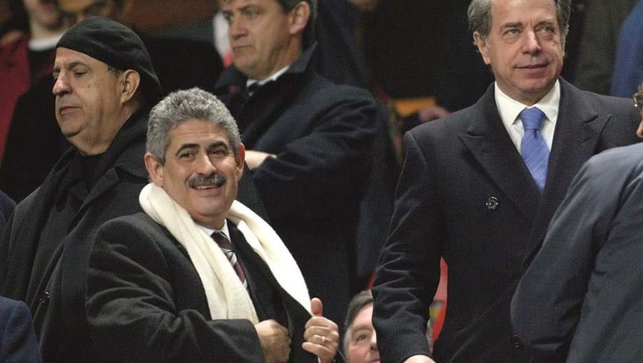 Vieira e Salgado no camarote do Benfica, em 2006, durante um jogo