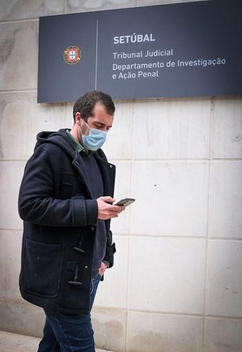 João Miguel Gouveia à saída do tribunal