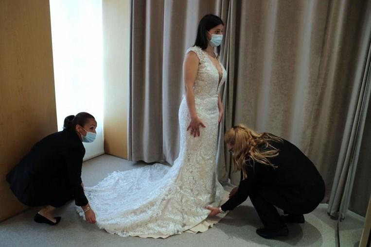 O setor relacionado com os casamentos enfrenta uma crise profunda devido às restrições impostas para contenção da pandemia