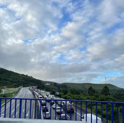 Acidentes condicionam circulação na A8 junto a Lousa, sentido Torres Vedras-Lisboa