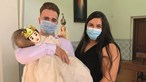 Médicos garantem que as lesões do 'bebé sem rosto' eram visíveis antes do nascimento