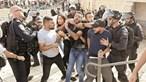 Confrontos entre judeus e palestinianos semeiam caos em Jerusalém