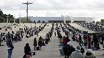 7500 peregrinos esgotam lotação do Santuário de Fátima. Veja as imagens