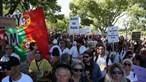 Marcha contra restrições reúne centenas de negacionistas da Covid-19 em Lisboa