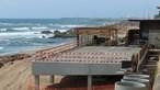 APA suspende obra e ordena demolição de construção na praia do Ourigo