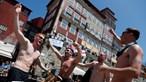 Muita cerveja e tensão na invasão inglesa à cidade do Porto