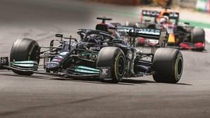 Hamilton vence Grande Prémio de Fórmula 1 em Portimão