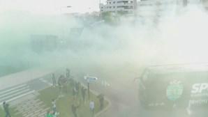 Sporting recebido em euforia à chegada ao estádio do Rio Ave