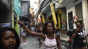 Operação policial com 25 mortos é a mais letal da história do Rio de Janeiro, dizem especialistas