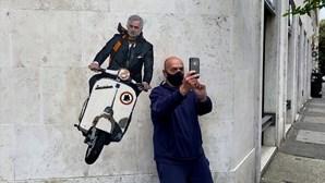 José Mourinho ainda não chegou a Roma mas já é um símbolo na cidade