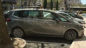 Pai culpa mãe por morte de bebé esquecida dentro de carro em Lisboa