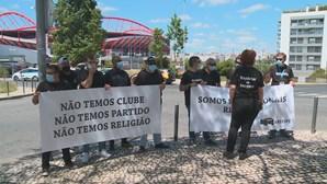 Repórteres de Imagem em protesto contra ataques verbais e físicos a equipas de reportagem