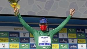 Bennett volta a vencer ao 'sprint' e Hayter segue líder na Volta ao Algarve