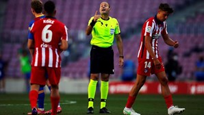 Empate entre FC Barcelona e Atlético Madrid deixa Real a depender de si