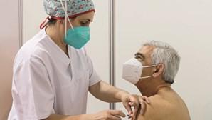 Quem tem 60 anos já pode autoagendar para receber a vacina Covid