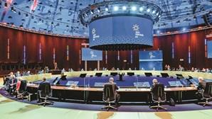 António Costa falha objetivo na Cimeira do Porto do salário mínimo justo