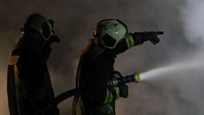 Incêndio deflagra em refinaria de Homs, Síria