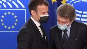 """Macron advoga uma Europa """"mais rápida e eficaz"""" no lançamento da conferência"""