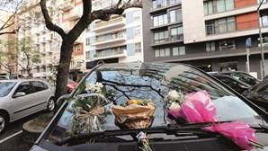 Mãe que deixou filha bebé à morte fechada no carro em Lisboa está em choque e não pode ser ouvida