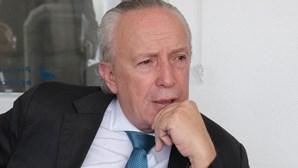 """Santana Lopes lembrado por """"reinado do efémero"""" pelo ex-autarca da Figueira da Foz"""
