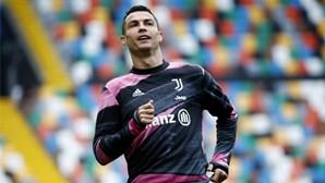 """Vaaamoossss"": Cristiano Ronaldo a apoiar o Sporting desde Itália"